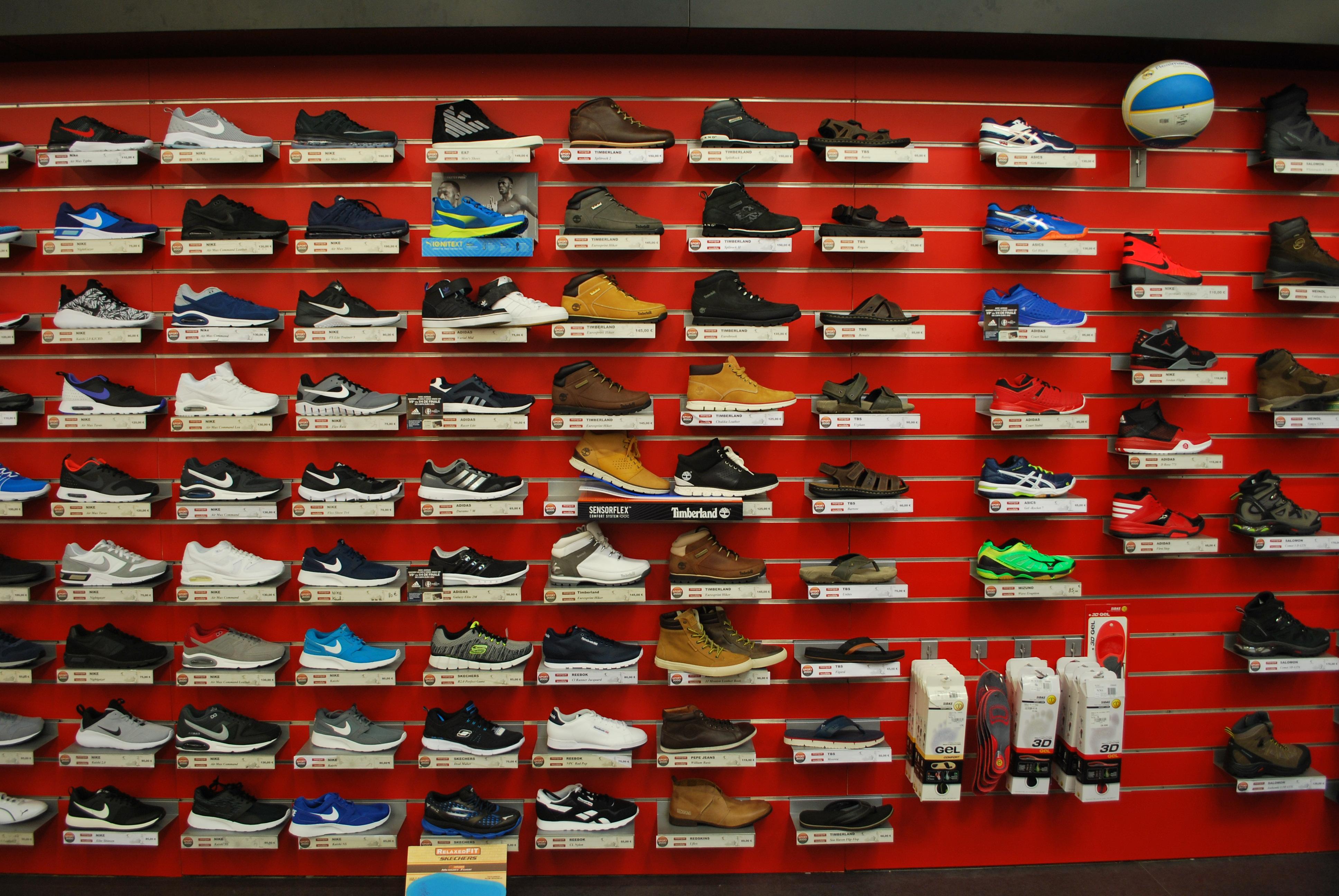 Dernière Collection chaussure lacoste sport 2000 - chaussure lacoste sport  2000 impact tr noir.chaussure lacoste sport 2000 se concentre sur l effort  de ... f8a1d8415cc1